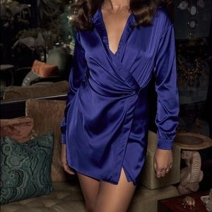 Lulus dress satin long sleeve shirt dress